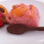 Cucina con le nespole: in crema di fragole