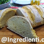 Pane con farina di mais e sesamo